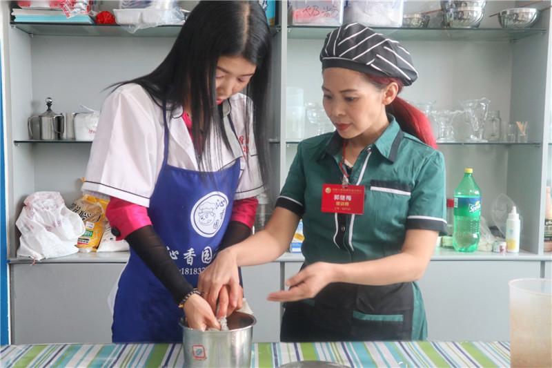 奶茶培训教学现场