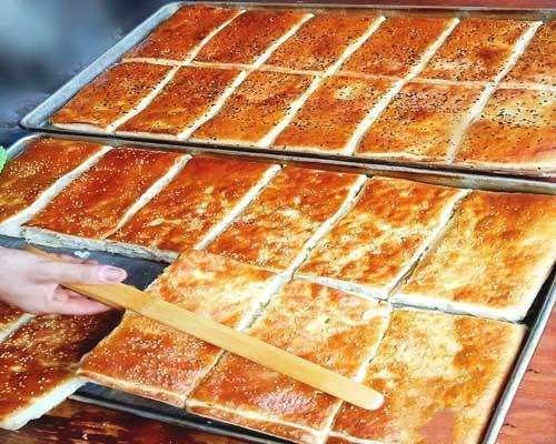香甜可口的千层芝麻饼